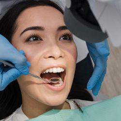 Emax Diş Nedir?